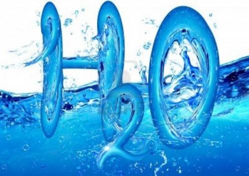 Nước tinh khiết và nước khoáng nước nào tốt hơn