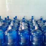 Mối nguy hại cho sức khỏe từ nước đóng bình