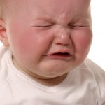 6 dấu hiệu thiếu canxi ở trẻ